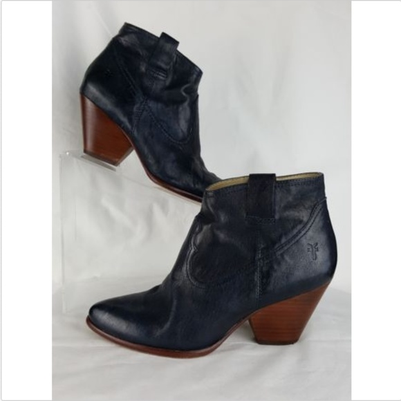 4e9420be9e2 Frye Shoes | Size 65 Booties Reina Black Leather Ankle | Poshmark
